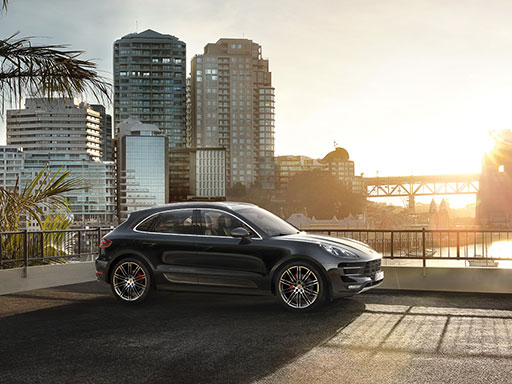 Intensément Porsche. Le Macan Turbo avec Pack Performance.